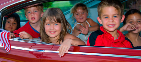 http://www.ccmcnet.com/wp-content/uploads/2011/06/kids-in-car-1.jpg